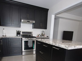 Custom kitchen cabinets kitchen remodels mississauga for Chocolate pear kitchen cabinets