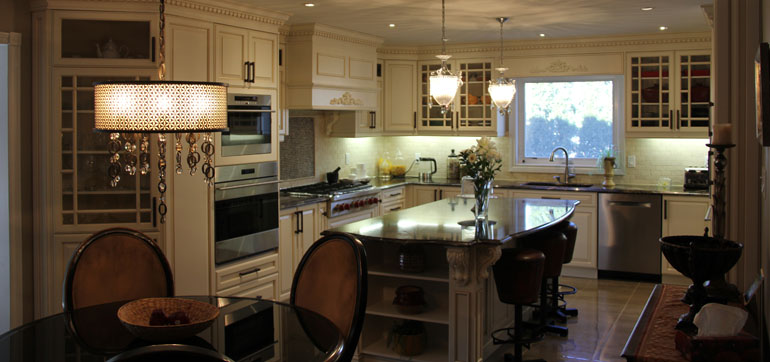 Traditional Kitchen with Antique White Custom Kitchen Cabinets
