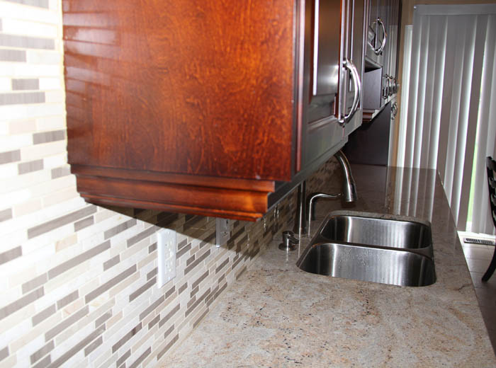 Custom kitchen with backsplash