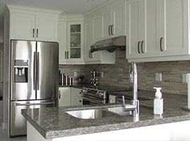 Transitional shaker style kitchen
