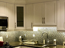 Under Cabinet Lighting Illuminating Backsplash